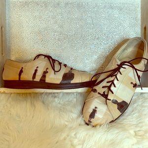 Jeon Vintage People Print Leather Sneakers